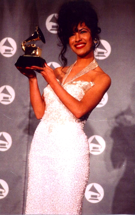 the gallery for gt selena quintanilla wedding dress