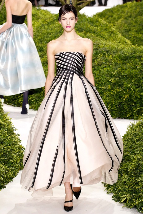 christian-dior-couture-spring-2013-08_123828437310