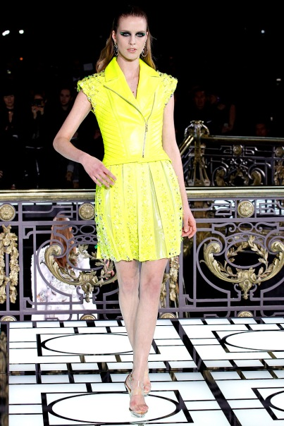 versace-couture-spring-2013-11_123234821895