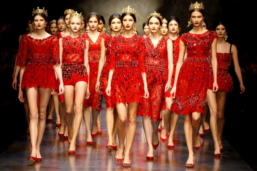 dolce gabbana 2013 red sequins