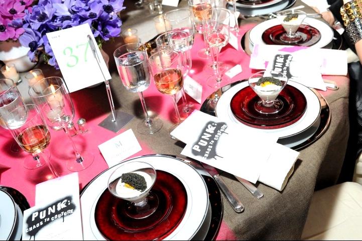 metagala-mrc-3-dinner-0180_000300377520.jpg_carousel_parties
