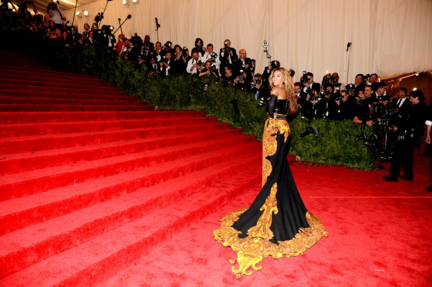 PUNK+Chaos+Couture+Costume+Institute+Gala+rolc8dYxchfxBeyonce attends the Costume Institute Gala