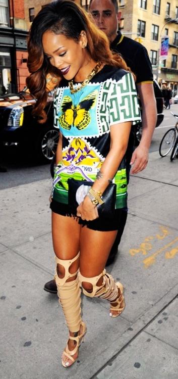 Rihanna wearing Mary K. in NYC