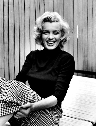 Marilyn monroe and black and white LIFE mag