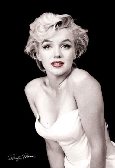 Marilyn monroe  signature