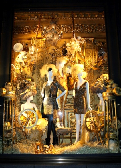 64bergdorf goodman displays