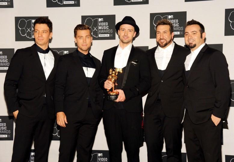 2013+MTV+Video+Music+Awards+Press+Room+eSCk33ysMRnxN'Sync attend the 2013 MTV Video Music Awards