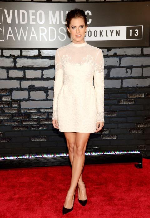 2013 MTV Video Music Awards - Arrivals Allison Williams