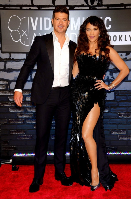 2013 MTV Video Music Awards - Arrivals Robin Thicke & Paula Patton
