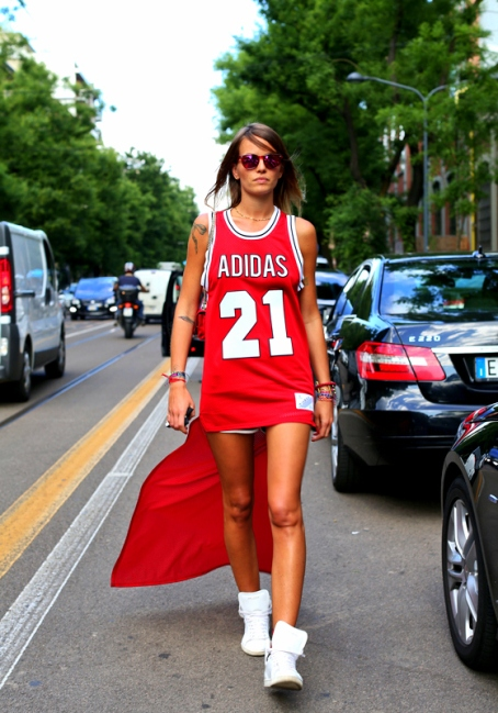 280Assistant of stylist and Japan Vogue editor Anna Dello Russo, 28 year old Italian beauty Carlotta Oddi.