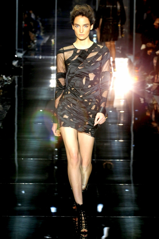 tom-ford-rtw-ss2014-runway-10_205211352378