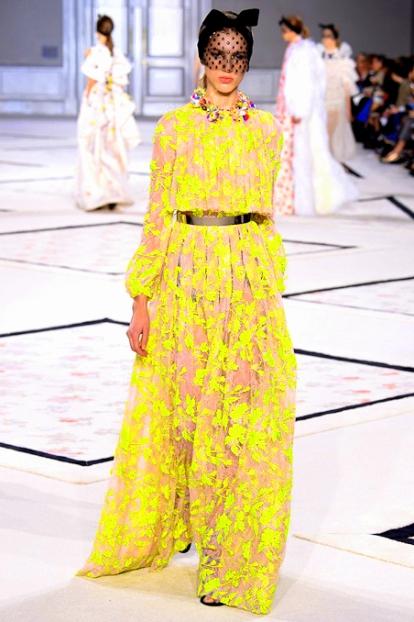tumblr_niszerR0Uk1qzersvo1_500Giambattista Valli S-S 2015, Couture