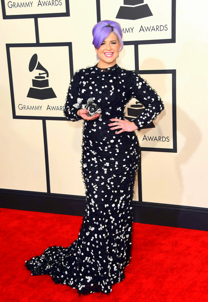 57th+GRAMMY+Awards+Arrivals+-DcawvSadyklKelly Osbourne attends The 57th Annual GRAMMY