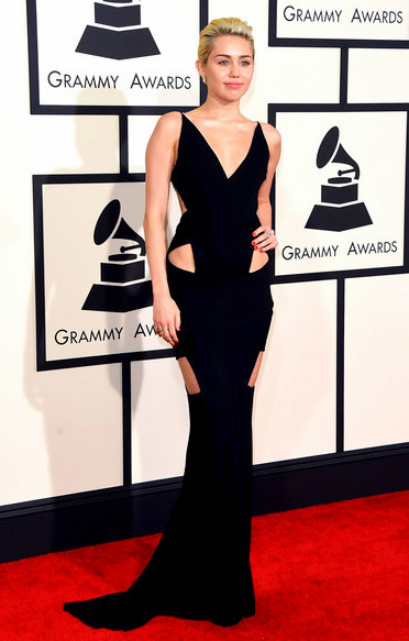 57th+GRAMMY+Awards+Arrivals+hXBO_iQF4AelMiley Cyrus attends The 57th Annual GRAMMY Awards
