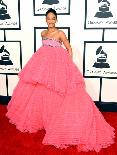 57th+GRAMMY+Awards+Arrivals+nDldJ245l50lRihanna attends The 57th Annual GRAMMY Awards