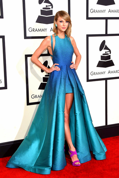 57th+GRAMMY+Awards+Arrivals+xVgZ-sjQyBOlTaylor Swift attends The 57th Annual GRAMMY Awards