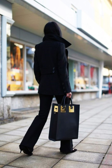 fall streetstyle Black handbag and sophie hulme
