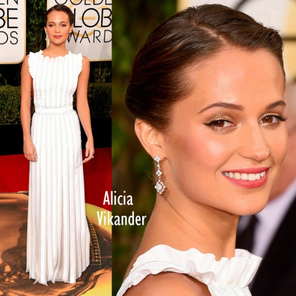 Alicia Vikander in Louis Vuitton 73rd+Annual+Golden+Globe+Awards
