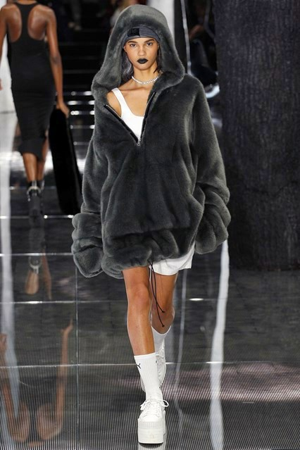 Fenty x Puma Fall 2016 Ready-to-Wear 11