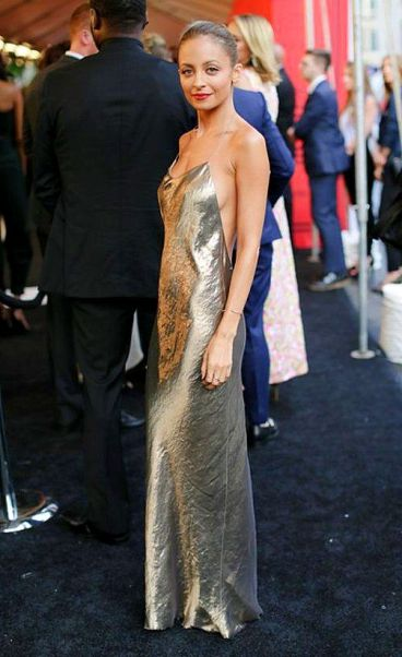 Nicole Richie's slinky metallic dress is perfect at the CFDA awards 2013