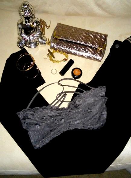 Black denim jeans, lace bra, clutch sequin , MAC makeup