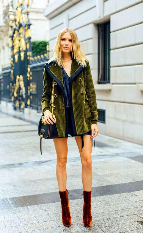 couture-culture-the-best-street-style-from-paris-velvet-boots