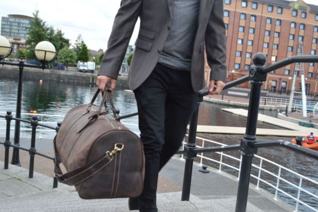 Kurtis-Paul-Mens-Bag-Fashion-Deisgner.-Leather-Canvas-Duffle-Backpack-Weekend-Tote-Briefcase-Overnight-Luxury