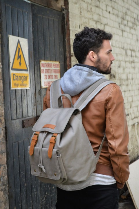 Kurtis-Paul-Mens-Canvas-Backpack_583